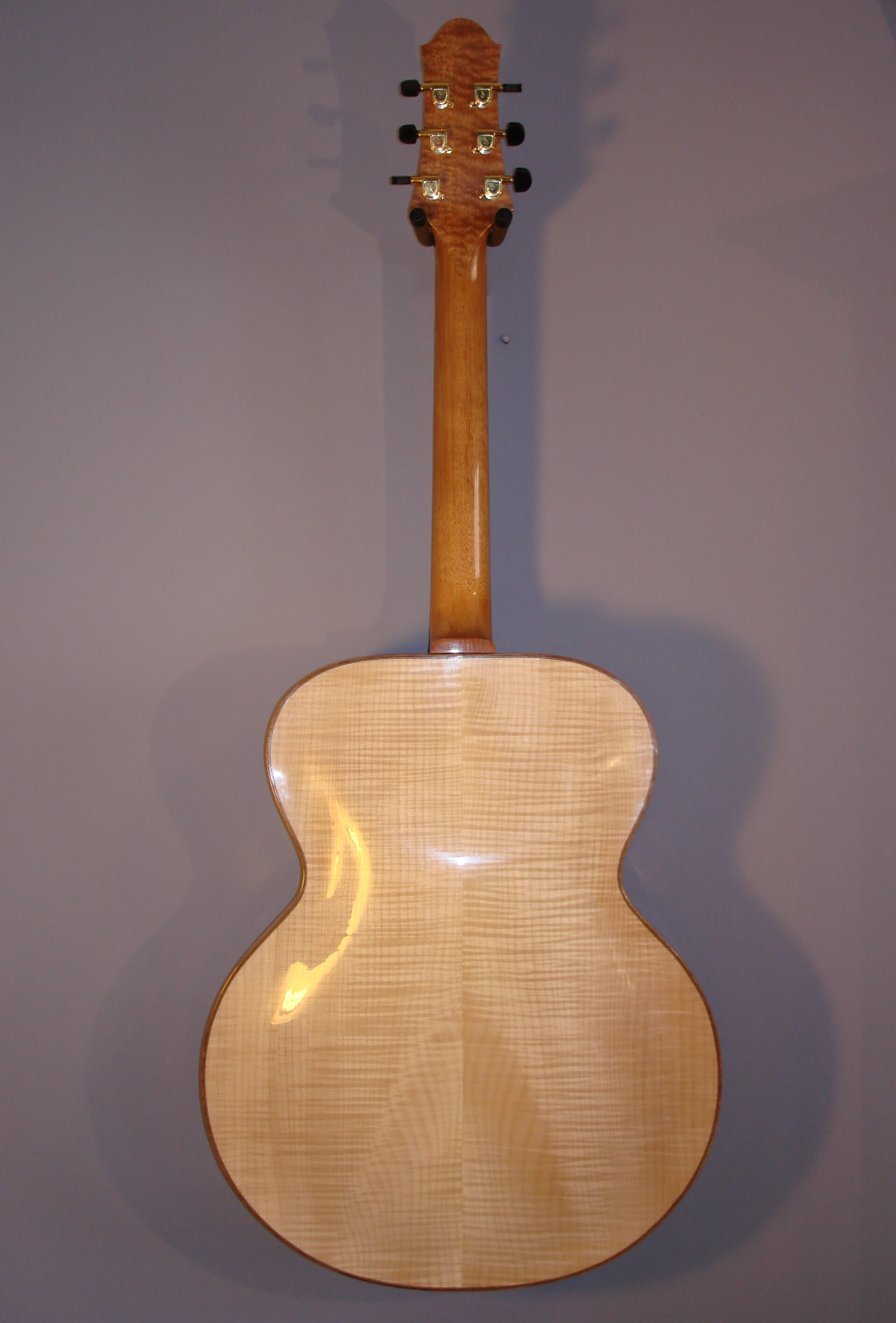 Archtop:  Full Back